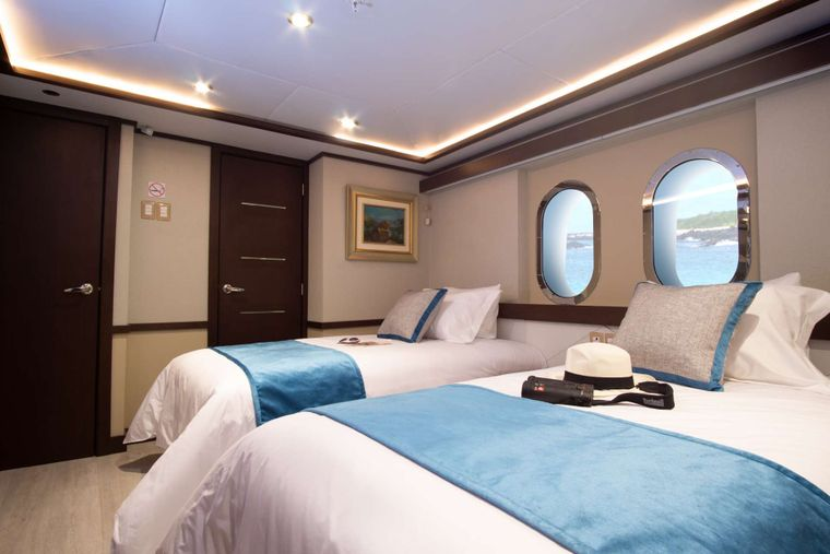 Grand Majestic Yacht Charter - Stateroom cabin