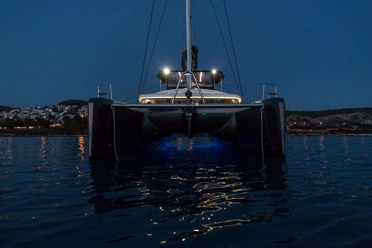 NOMAD Yacht Charter - Ritzy Charters