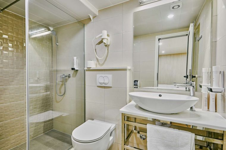 Cristal Yacht Charter - Private bathroom