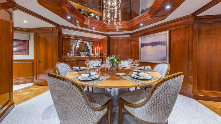 ARIADNE Yacht Charter - Formal Dining