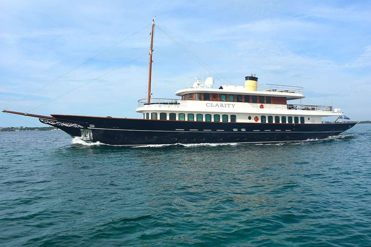 CLARITY Yacht Charter - Ritzy Charters