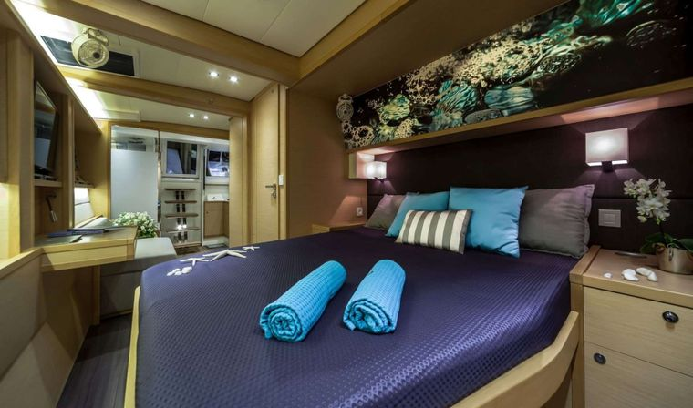 OCEAN VIEW Yacht Charter - Master stateroom