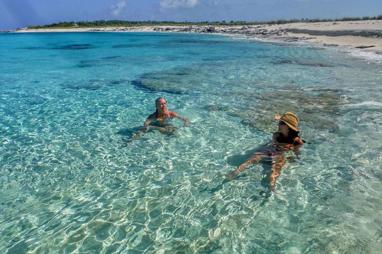 DESTINY III Yacht Charter - ... or relax in the warm water