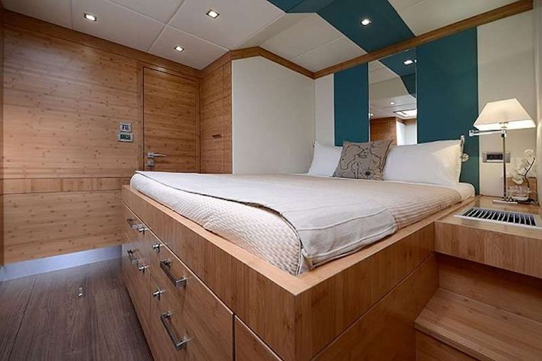 EXCESS Yacht Charter - Guest Cabin