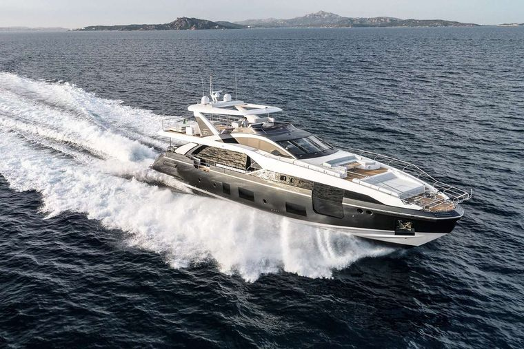 MAJESTIC MOMENTS Yacht Charter - Ritzy Charters