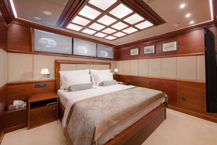 LADY GITA Yacht Charter - 2 Double bed cabins