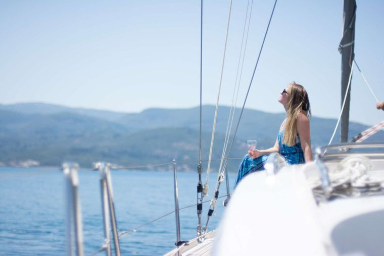 Wyvern Yacht Charter - Relax on the bow