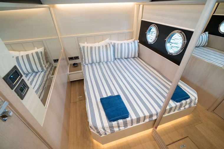 STAY COOL Yacht Charter - Double Suite