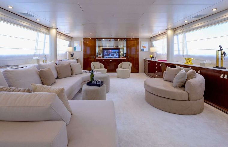 GRACE Yacht Charter - Salon