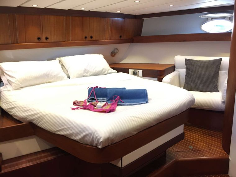 BELLACHA Yacht Charter - Newly refinished aft cabin