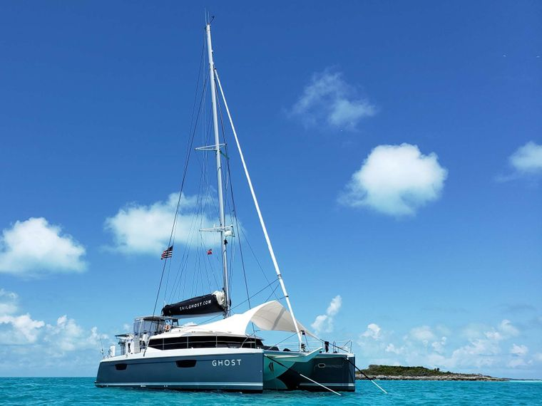 Ghost Yacht Charter - Ritzy Charters