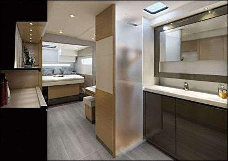 Ghost Yacht Charter - Ghost Master Cabin and Bath