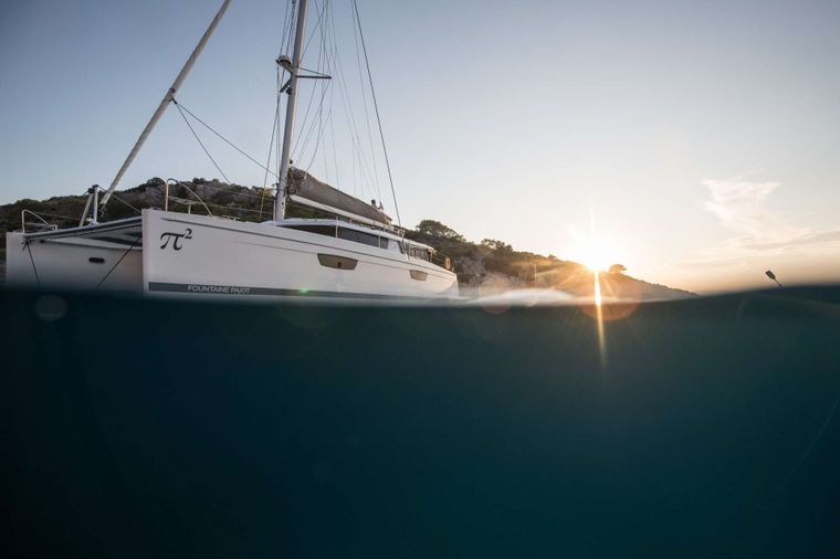 PI 2 Yacht Charter - Ritzy Charters