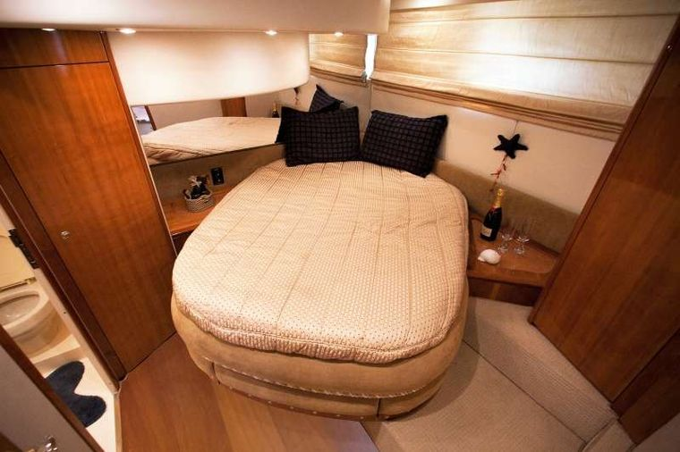 AVENTURA II Yacht Charter - VIP cabin with a large en suite bathroom and separate shower unit