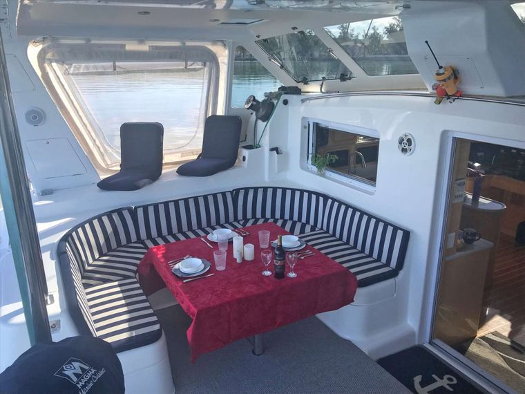 GUINEVERE Yacht Charter - Spacious cockpit. Dining up to 6