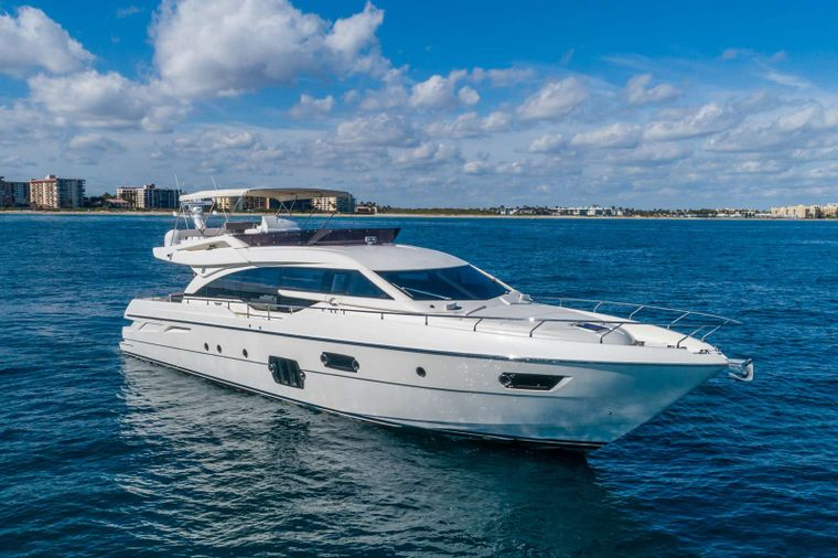Lindy Lou Yacht Charter - Ritzy Charters