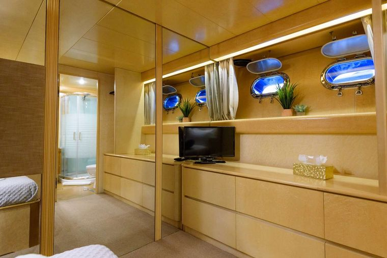 ANDREA Yacht Charter - Single cabin other view