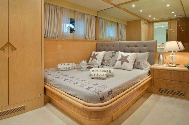 SUGAR Yacht Charter - Double Guest Cabin