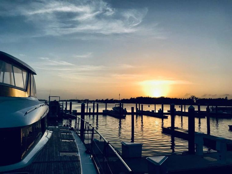 LONG MONDAY Yacht Charter - Long Monday - Aft Dining and Lounging