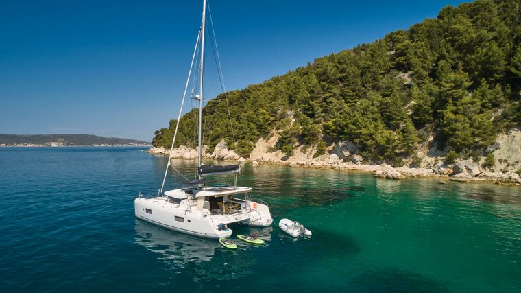 Aura Yacht Charter - Ritzy Charters