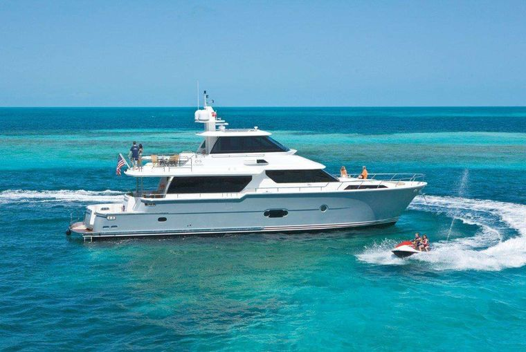 Silver Lining Yacht Charter - Ritzy Charters