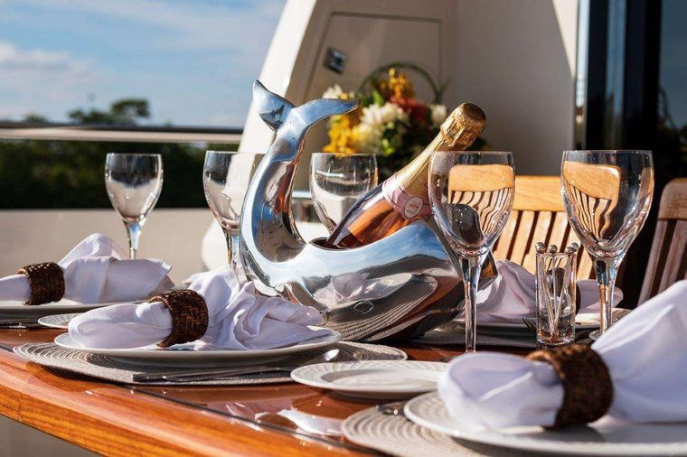 Silver Lining Yacht Charter - Exterior Accents