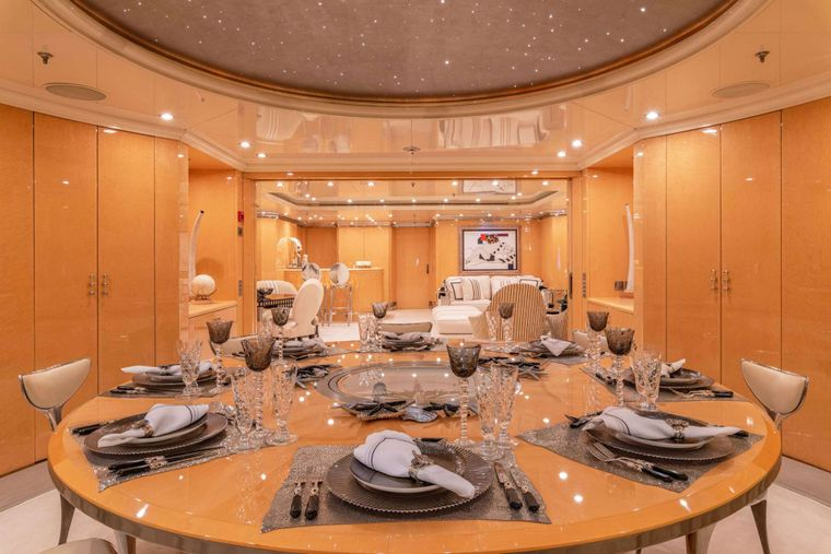 SUNDAY Yacht Charter - Upper Deck_dining