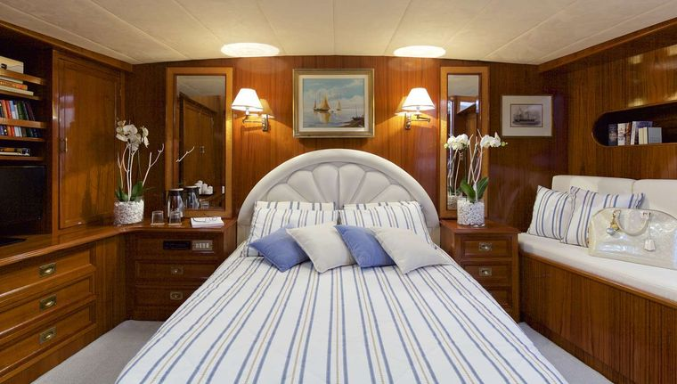 HERMINA Yacht Charter - Master Suite