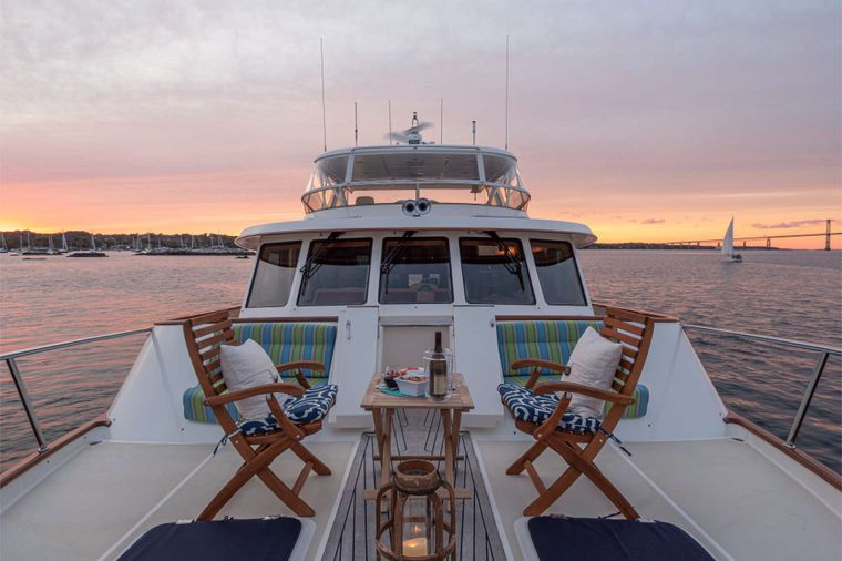 HALCYON SEAS Yacht Charter - Forward Bow - Versatile Space