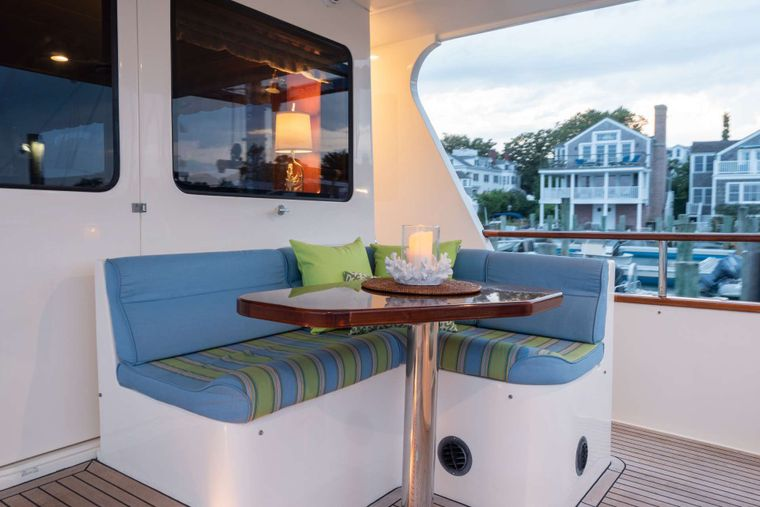 HALCYON SEAS Yacht Charter - Aft Deck Nook - Curl up with a good book