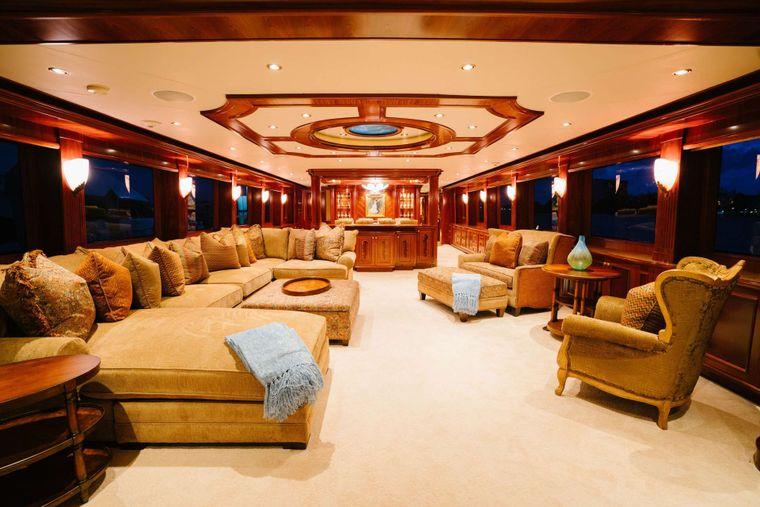 EXCELLENCE Yacht Charter - Salon