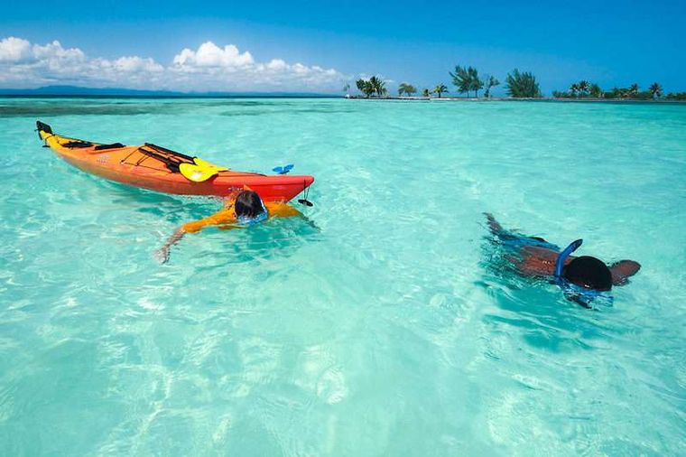 CHAMPAGNE Yacht Charter - Snorkeling