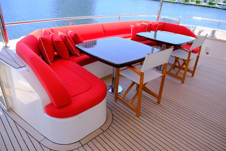 LOVE N LIFE Yacht Charter - Aft Deck Dining