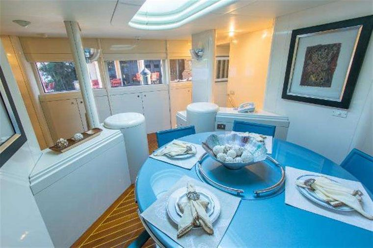 HIGHLINE Yacht Charter - Dining