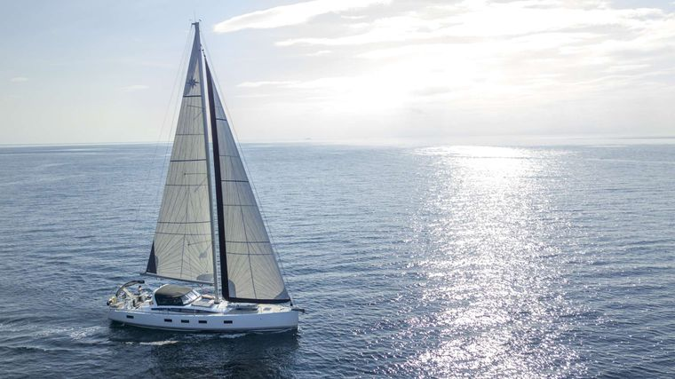 LIFE TIME Yacht Charter - Ritzy Charters
