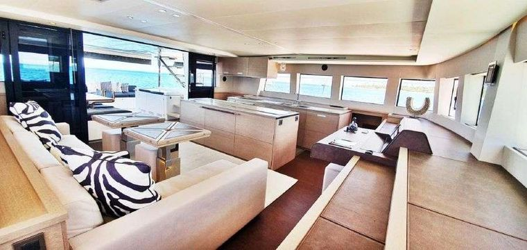MARE BLU Yacht Charter - Spacious salon and galley