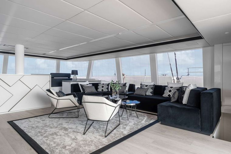 ABOVE Yacht Charter - Saloon
