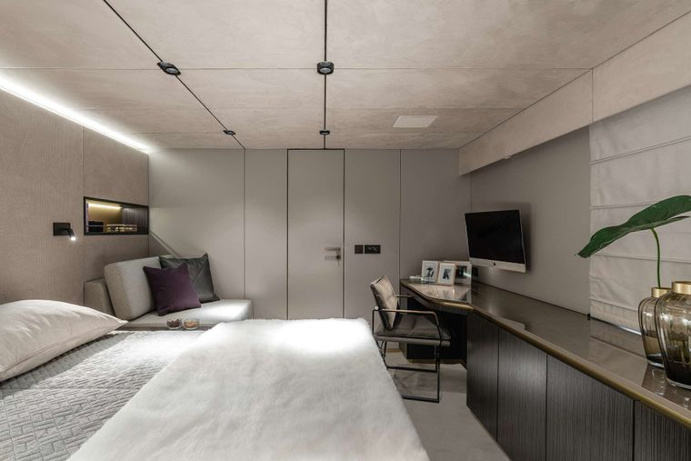 OTOCTONE 80 Yacht Charter - Master Cabin