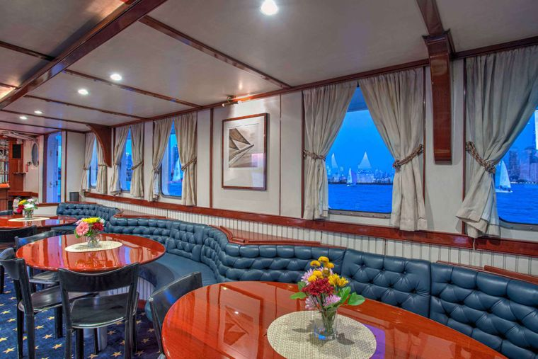 ARABELLA Yacht Charter - Dining