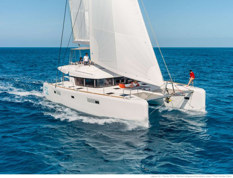 WHITE PEARL Yacht Charter - Ritzy Charters