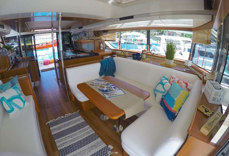 VYVO Yacht Charter - Looking aft from saloon
