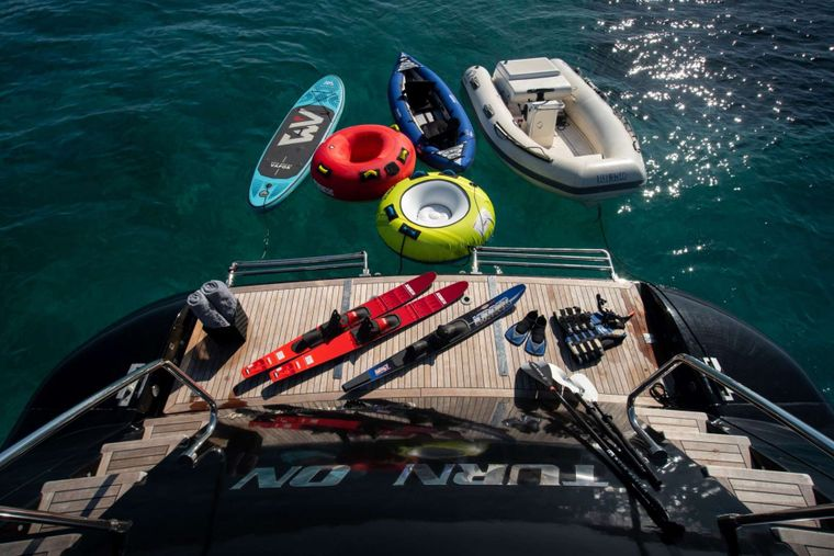 TURN ON Yacht Charter - Sae Toys