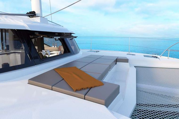 HERO'S JOURNEY Yacht Charter - Foredeck Seating