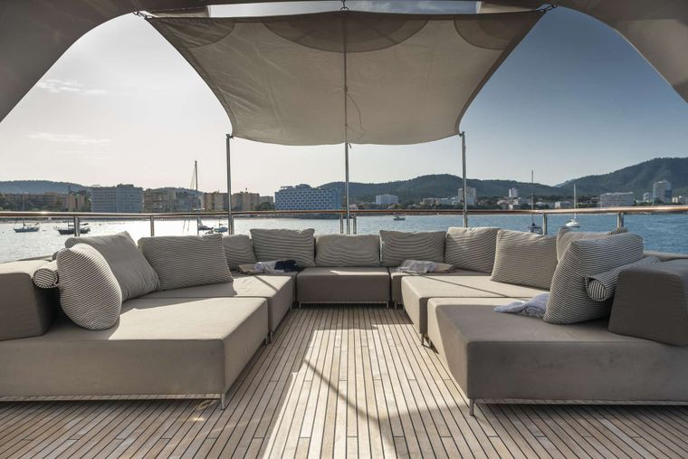ORSO 3 Yacht Charter - Sundeck - Chill out area