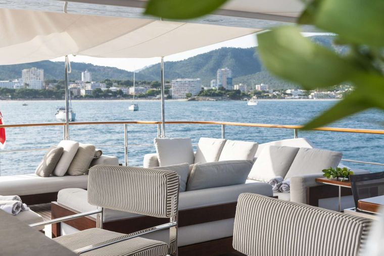 ORSO 3 Yacht Charter - Upper deck lounge area