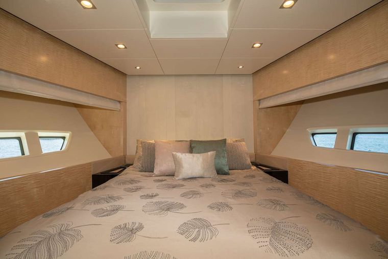 PHOENIX Yacht Charter - Guest Stateroom