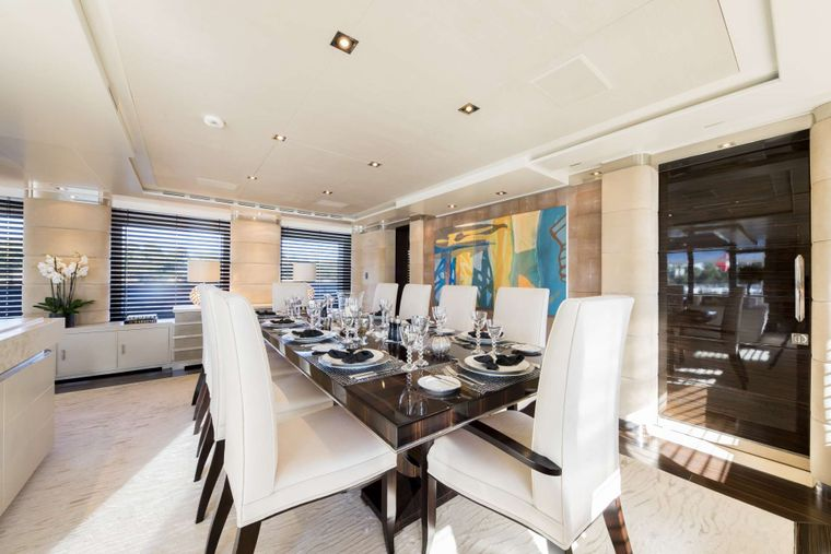 Clicia Yacht Charter - Dining area