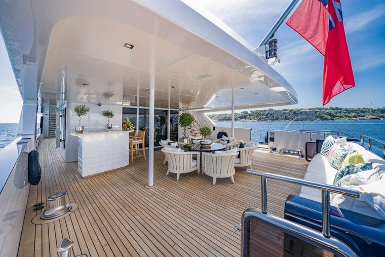 Clicia Yacht Charter - Main deck