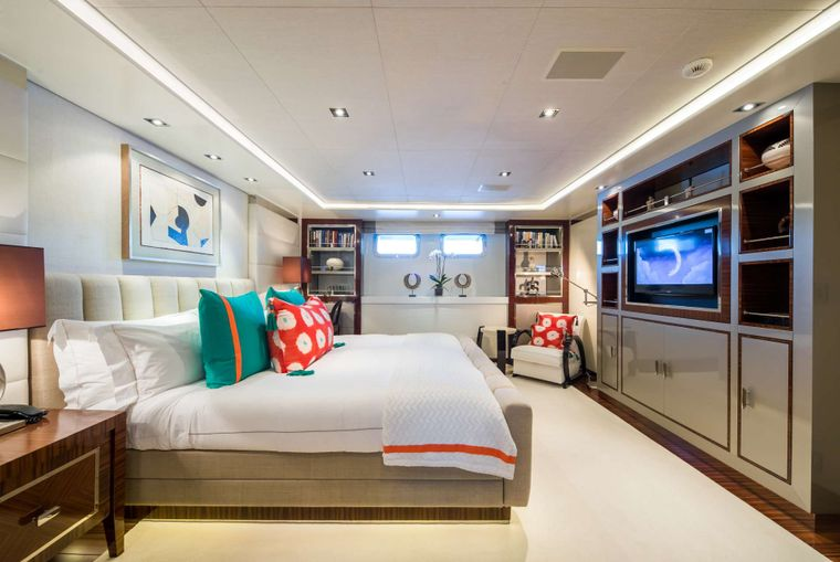 Clicia Yacht Charter - VIP Stateroom
