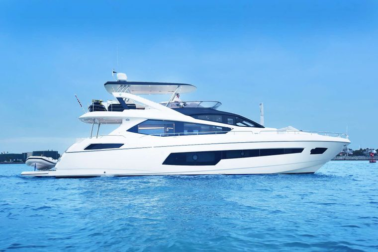 Sun Toy Yacht Charter - Ritzy Charters